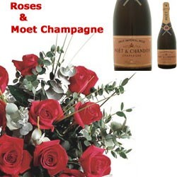12 Roses & Champagne